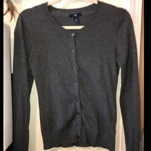GAP button up sweater